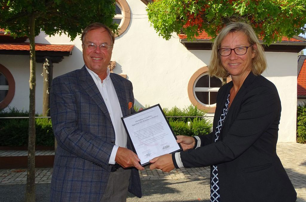 HEINRICH Kommunikation erfolgreich CMS III zertifiziert